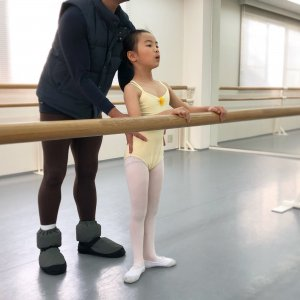 キッズバレエA|立ち方の練習!